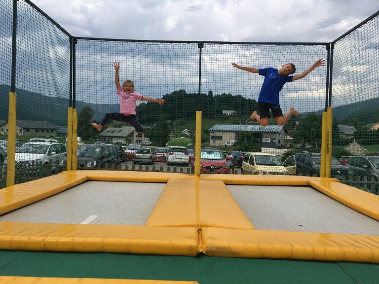 trampaltitude-cages-trampoline
