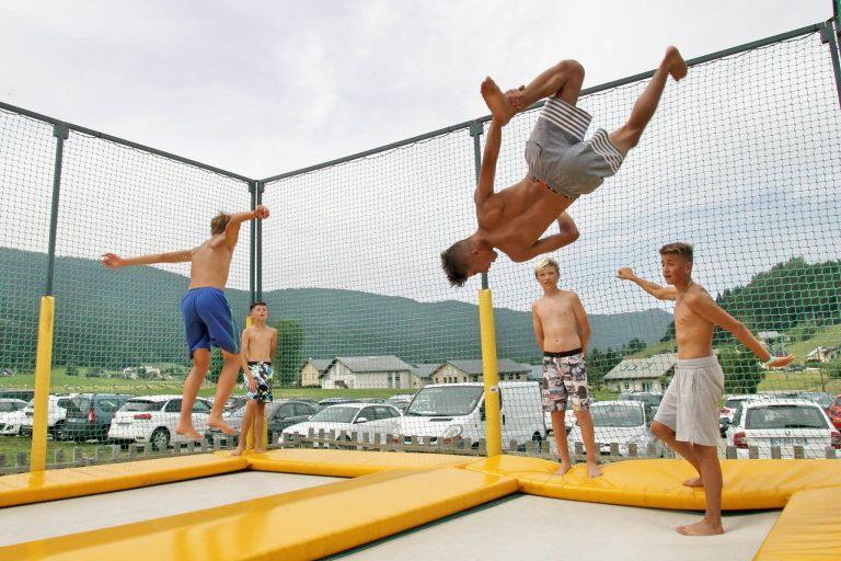 trampaltitude-cage-trampoline